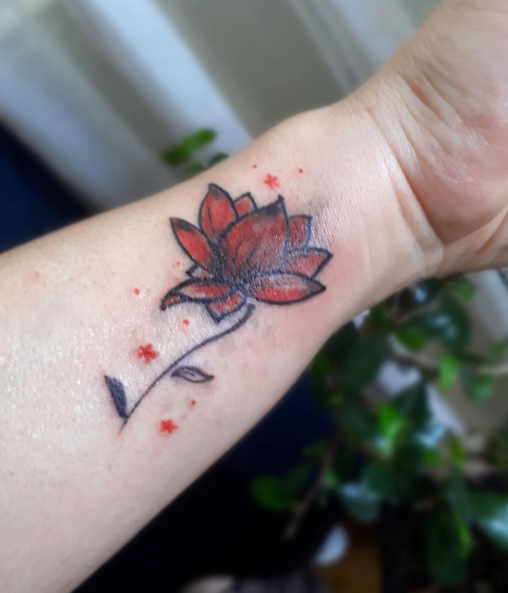 dövme, minimal dövme, tattoo, dövme modelleri, çiçek dövmesi